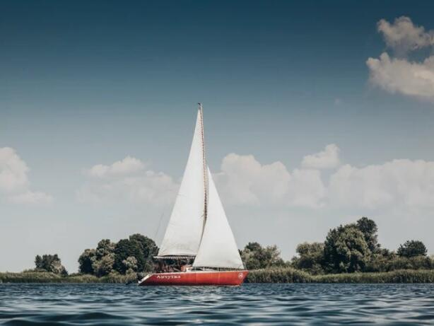 Use your paid off boat to get cash for a title loan